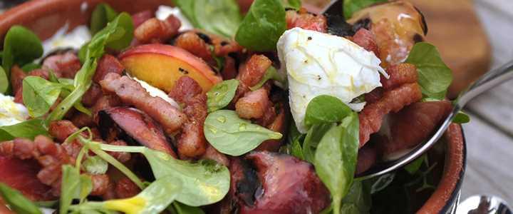 Recipe: Peach, Lambs Leaf, Mozzarella and Pancetta Salad