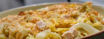 Creamy Smoked Chicken, fennel and Gruyère cheese pasta