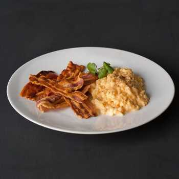 Dry cured rindless streaky bacon - unsmoked